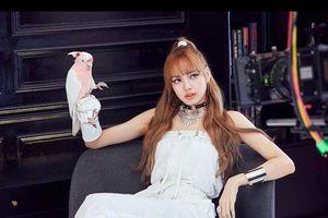 Lisa (Black Pink) - nhan sắc có khả năng 'thuần phục' mọi phong cách