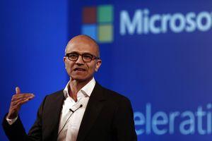 Vì sao sếp Microsoft chưa thành tỷ phú?