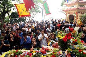 Hà Nội: Nhiều điểm di tích 'quá tải' người đi lễ trong ngày rằm tháng Giêng