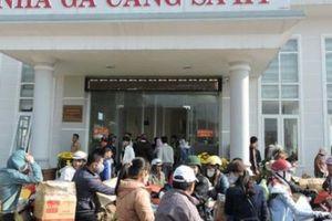 Quảng Ngãi: Chèo kéo bán vé tàu siêu tốc gây náo loạn Cảng Sa Kỳ