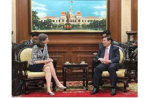 Chủ tịch UBND TPHCM tiếp tân Đại sứ Canada