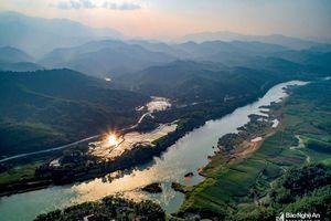 Cảnh đẹp 'mê hồn' trên cung đường miền Tây Nghệ An