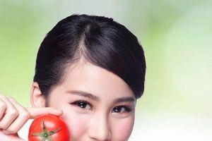 Làm đẹp từ quả cà chua