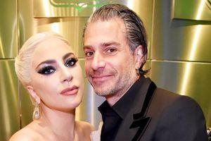 Lady Gaga và bạn trai hơn 17 tuổi hủy hôn