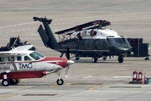 Marine One của TT Trump được C-17 đưa đến Hà Nội