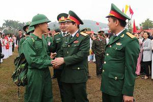 Tưng bừng ngày hội giao, nhận quân tại Quân khu 3