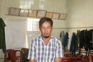 Bị bắt khi đang giở trò 'hai ngón' với phật tử tại chùa Bà Thiên Hậu