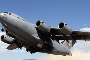 Boeing C-17, 'ngựa thồ' phục vụ các chuyến công du của Tổng thống Mỹ đến VN