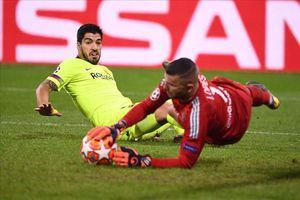 Đây là lý do Barca cần thay gấp Suarez