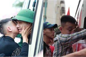 Những giọt nước mắt xúc động trong ngày hội bàn giao nhận quân tại Nghệ An