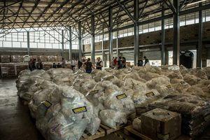Venezuela đóng cửa biên giới với đảo Hà Lan để chặn viện trợ