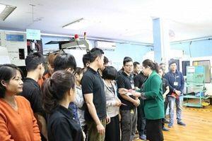 LĐLĐ TP. Hà Nội yêu cầu các cấp CĐ tham gia ổn định thị trường LĐ