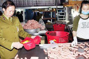 Xử phạt gần 40 tỷ đồng hành vi sử dụng chất cấm trong nông nghiệp