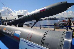 Tàu khu trục Nga sản xuất cho Ấn Độ đều được trang bị tên lửa BrahMos