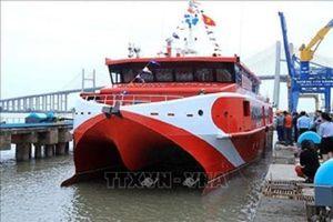 Tàu cao tốc Vũng Tàu-Côn Đảo bị lỗi kỹ thuật, hành khách mệt mỏi phải bỏ chuyến