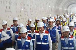 Chủ tịch TP.HCM trực tiếp thị sát, chỉ đạo thực hiện dự án metro