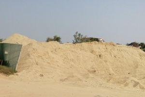 Thừa Thiên - Huế: Bãi cát 'khổng lồ' hoạt động trái quy định?