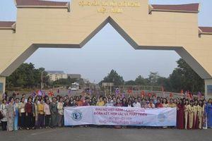 Hội Phụ nữ Campuchia Vì hòa bình và phát triển thăm hữu nghị Việt Nam