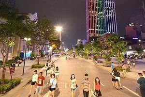 Cấm xe lưu thông vào đường Nguyễn Huệ tối cuối tuần