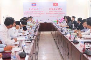 Tăng cường hợp tác đào tạo sinh viên Lào