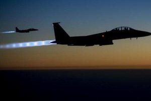 Syria: Chiến đấu cơ Mỹ không kích dữ dội thành trì cuối của IS