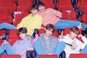 Không hổ danh là boygroup thế hệ tiếp nối BTS: 100.000 bản album TXT đã được pre-order nhanh-gọn-lẹ