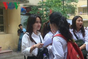Hà Nội: Học sinh căng mình học ôn, lấy đà trước kỳ thi vào lớp 10