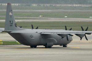 Vận tải cơ C-130 Hercules của Không quân Mỹ đã tới Nội Bài
