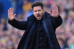 Diego Simeone bị fan Juventus dọa giết