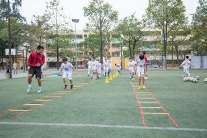 Hà Nội FC mong muốn hỗ trợ phát triển bóng đá trong trường học