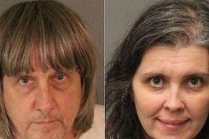 Tội ác gây chấn động: Cặp vợ chồng bạo hành 13 người con đẻ nhận tội
