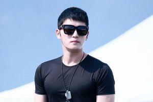 Nhìn Jaejoong (JYJ) hấp dẫn trong quân ngũ thế này thì ai cũng muốn nhập ngũ mất thôi!