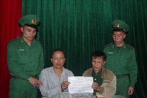 Nghệ An: Bắt 2 đối tượng vận chuyển 25 kg thuốc nổ