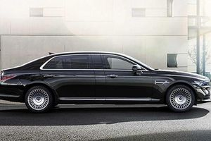 Xe siêu sang Genesis G90 Limousine 'giá mềm' chi 3,2 tỷ đồng