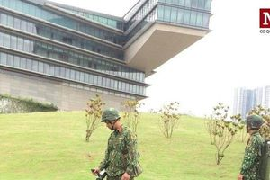 Clip: Rà soát bom mìn quanh khách sạn Tổng thống Mỹ Donald Trump ở tại Hà Nội