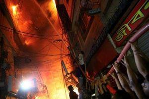 Hỏa hoạn nghiêm trọng tại thủ đô Dhaka, Bangladesh hơn 80 người thương vong