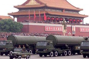 Nga-Mỹ tung hứng, Trung Quốc hết thời tọa sơn quan hổ đấu