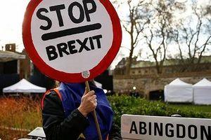 Telegraph: Thủ tướng Anh có thể cân nhắc hoãn Brexit 2 tháng