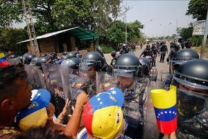 Venezuela công bố bằng chứng 'tin giả' về bạo lực ở biên giới với Colombia