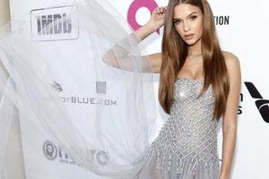 'Thiên thần nội y' Victoria's Secret diện váy Công Trí trên thảm đỏ Oscar 2019