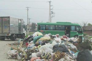 Thị xã Kỳ Anh (Hà Tĩnh): Hàng trăm tấn rác tồn đọng vẫn chưa được xử lý