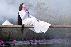 Vẻ đẹp truyền thống của 'tóc tiên' 9x với mái tóc dài như suối hiếm thấy