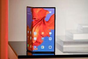 Huawei Mate X giới thiệu dòng smartphone mới với màn hình gập