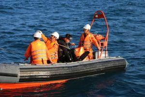 Va chạm với tàu dịch vụ dầu khí, tàu cá bị chìm, 2 ngư dân chết và mất tích