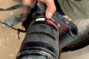 Máy ảnh cứu mạng phóng viên thoát chết khi tác nghiệp tại Syria