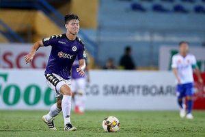 Hà Nội dội 'mưa gôn' vào lưới nhà vô địch Campuchia