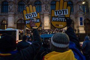Hàng nghìn người dân Romania biểu tình phản đối sửa Luật