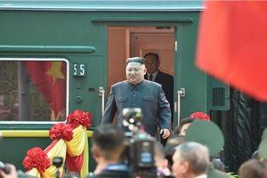 Những hình ảnh đầu tiên của Chủ tịch Triều Tiên Kim Jong-un tại Việt Nam