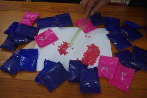 Nghệ An: Bắt giữ đối tượng mua bán 4.800 viên ma túy tổng hợp