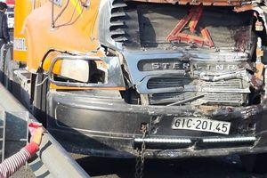Tài xế dừng trong làn khẩn cấp cao tốc TP.HCM-Trung Lương bị tông chết